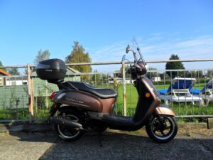 a3roest scooter